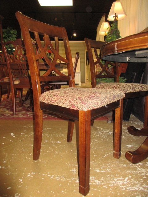 Rhinestone Dining Table Rooms To Go