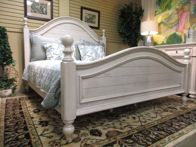 Chateau Bed At The Missing Piece