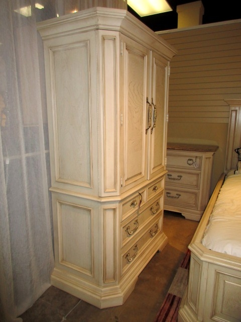 Stanley Tv Armoire At The Missing Piece