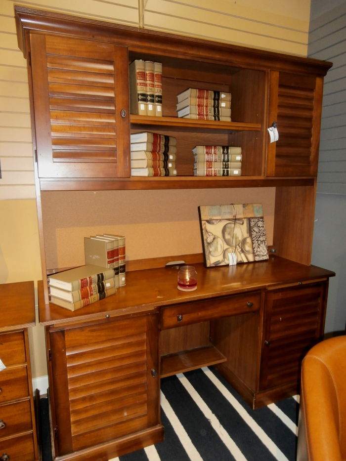 riverside desk w hutch at the missing piece. Black Bedroom Furniture Sets. Home Design Ideas